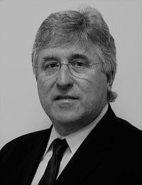 Simon Mortimer